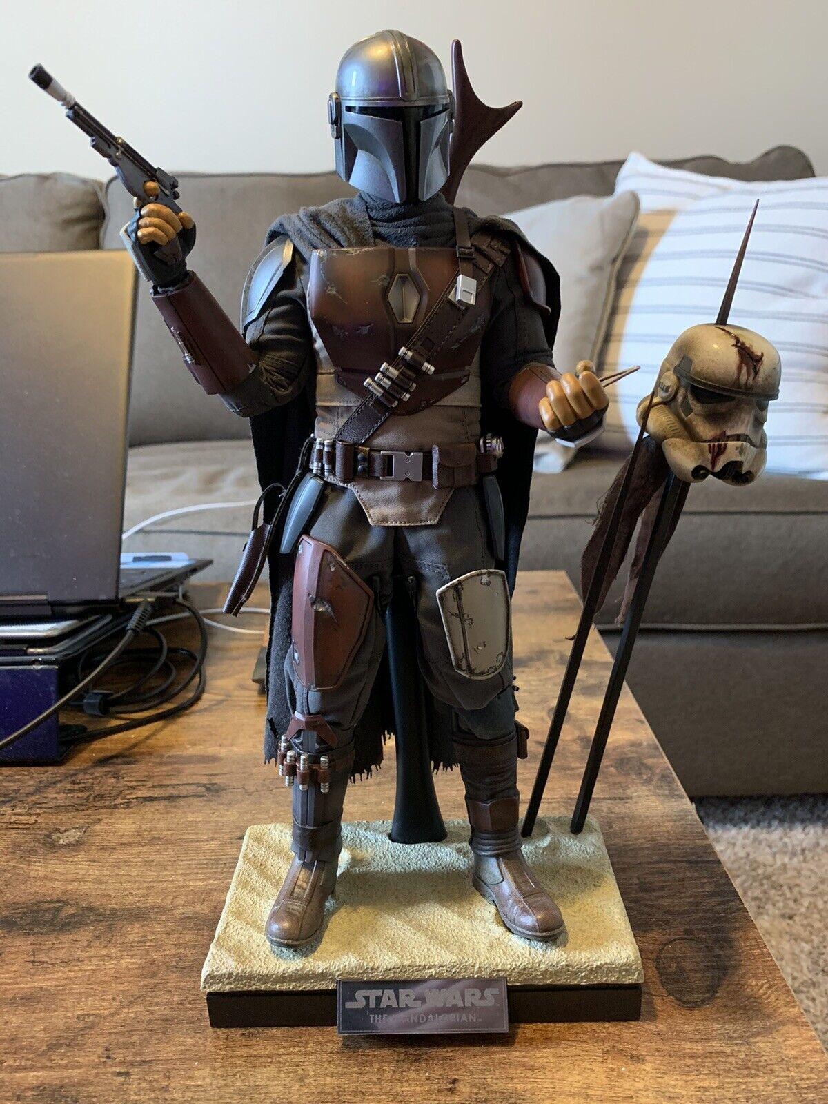 Hot Toys The Mandalorian TMS007 Star Wars 1/6 Figure on eBay thumbnail