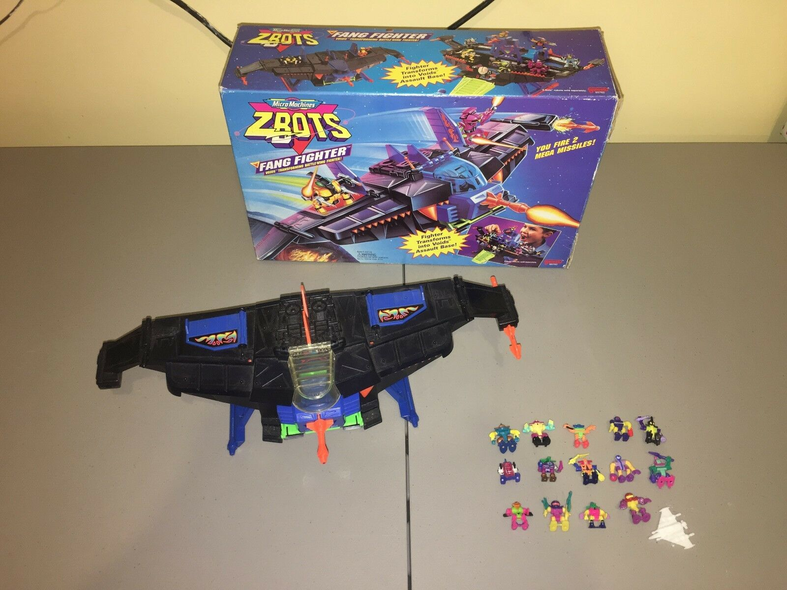 Lot of Z-Bot Figures + ZBot Fang Fighter Base w  box