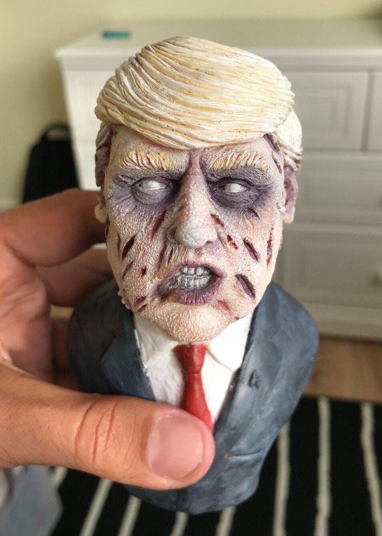 OOAK FIGURA Zombie Donald Trump