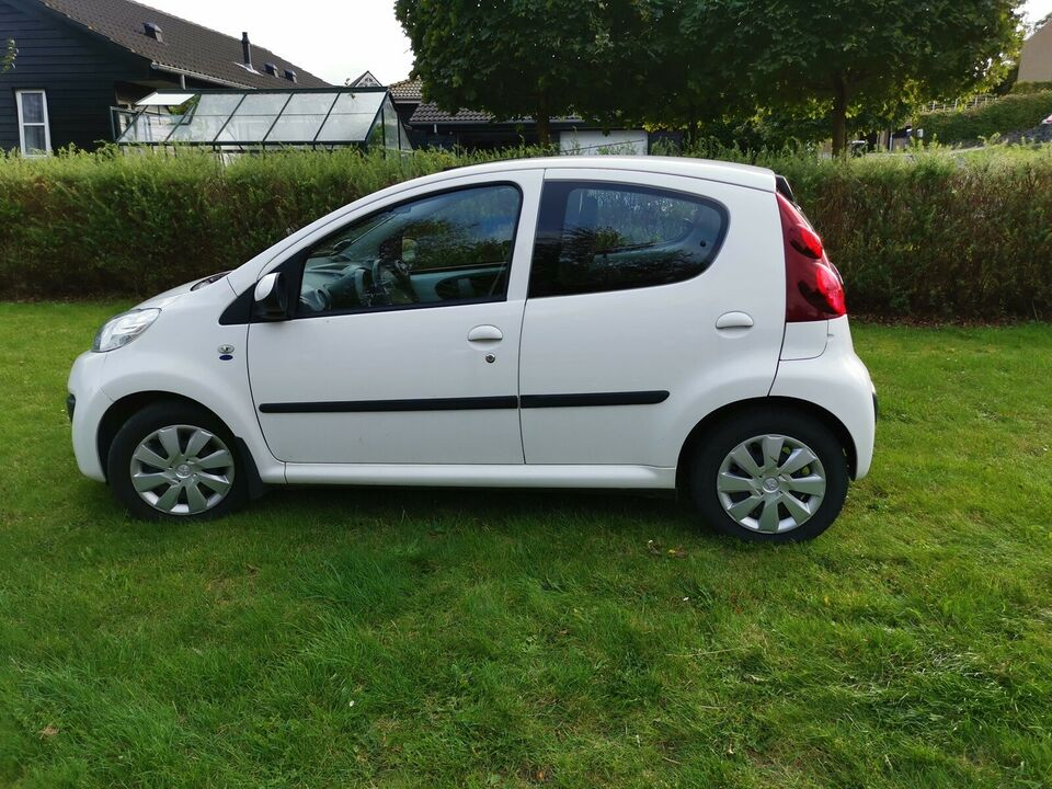 Peugeot 107, 1,0 Active White, Benzin