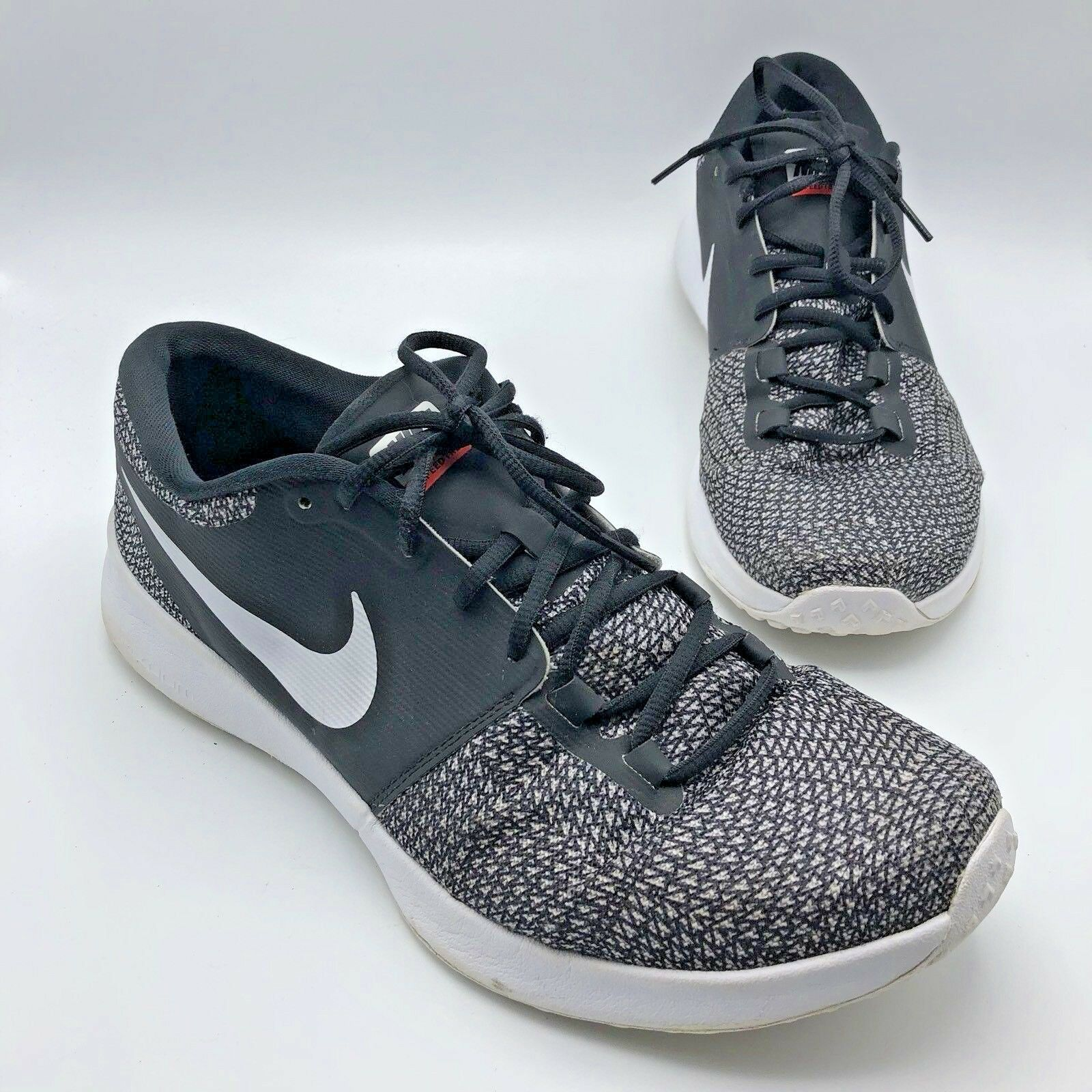 Nike SpeedTR2 Black and White Knit Training Sneaker Shoes Comfortable