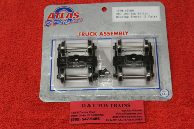 7071 Atlas O 2 Rail Streamlined Passenger Car Trucks Black NEW IN BOX