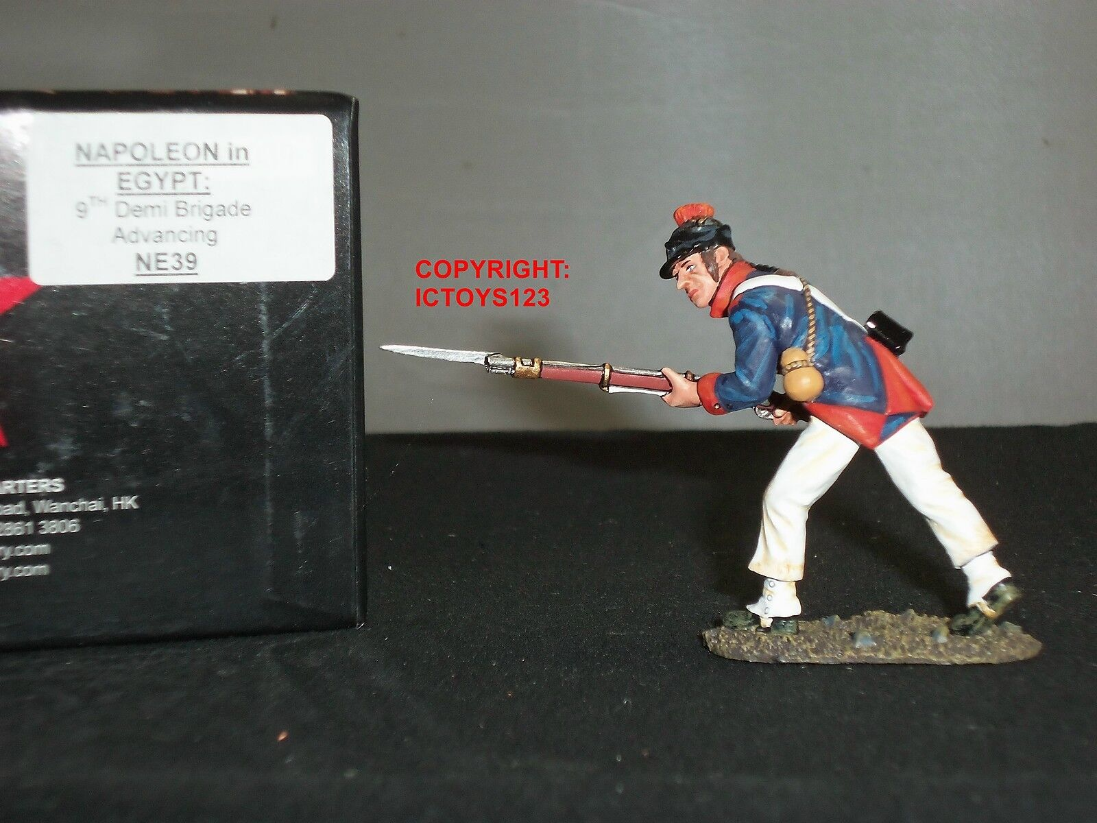KING AND COUNTRY NE39 NAPOLEON IN EGYPT 9TH DEMI BRIGADE ADVANCING TOY SOLDIER