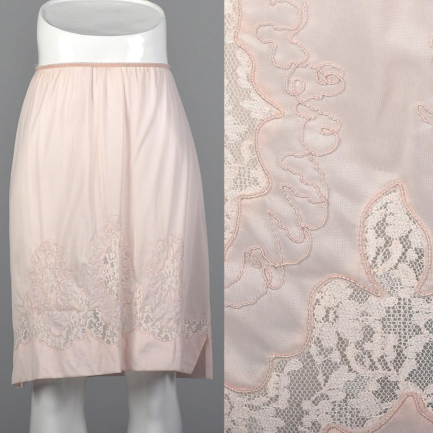 S 1950s Pastel Pink Half Slip Lace Soutache Detail Lingerie Lounge Boudoir 50s