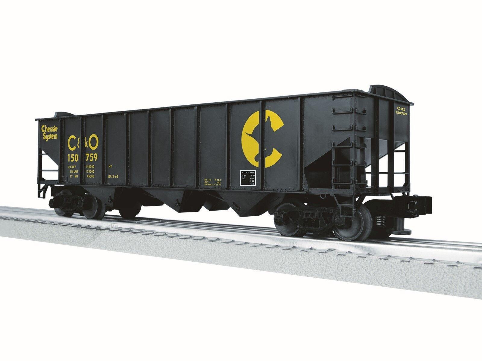 Lionel 3-16115 LionScale 3-Bay Hopper  Chessie O-Scale 3-Rail