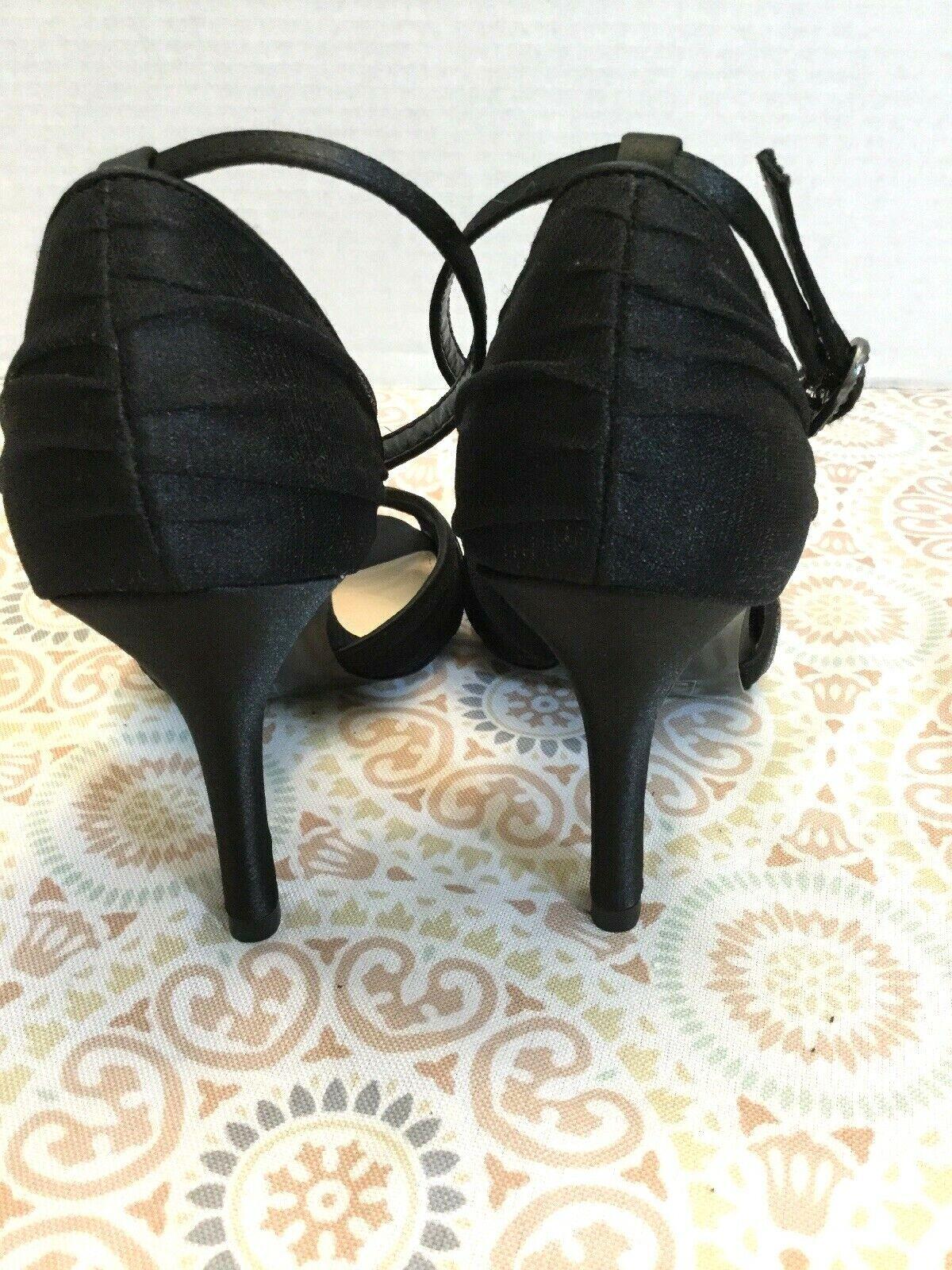 NEW DSW DSW DSW Disney Glass Slipper Collection Black Bow Heel Leather Sole Sz. 7 9aa41e