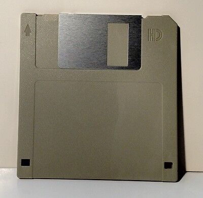 Color New IBM Formatted Diskettes 1.44 MB 100 Floppy Disks DS//HD Gray