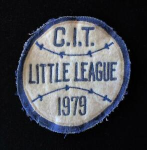 VINTAGE-1979-LITTLE-LEAGUE-BLUE-AND-WHITE-PATCH-4-034-X-4-034
