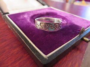 Huebscher-Silber-Ring-Modern-Bandring-Durchgehendes-Muster-Stern-Strich-Unisex