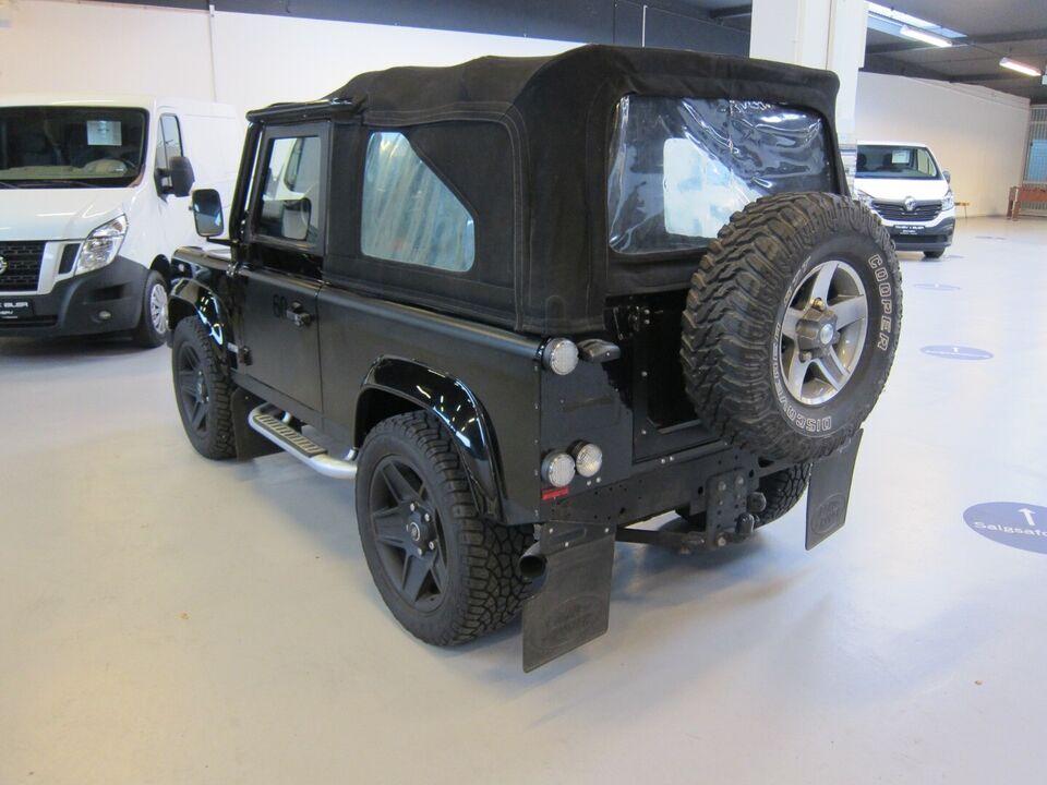 Land Rover Defender 90 2,4 TD Softtop Pickup Diesel modelår