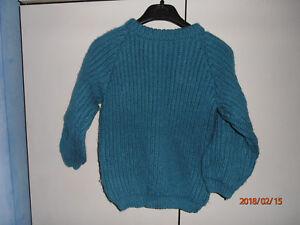 Pull-bleu-turquoise-fonce-en-cotes-fait-main