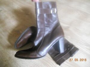 DKNY-Brown-Leather-Boots-6-EU-40