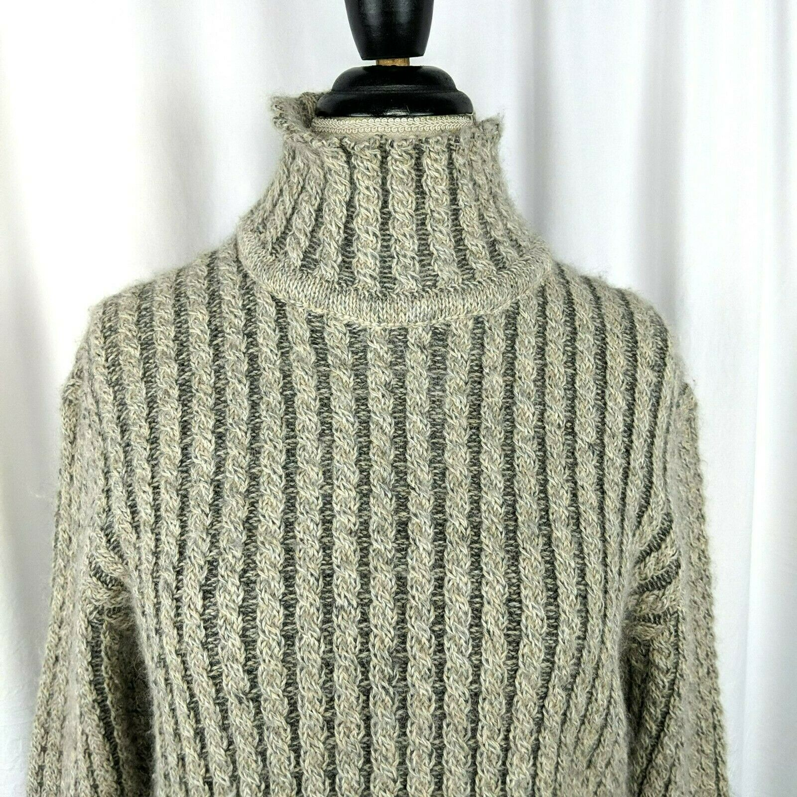 Inis Meain Gray Beige Alpaca Cable Knit Sweater S… - image 2