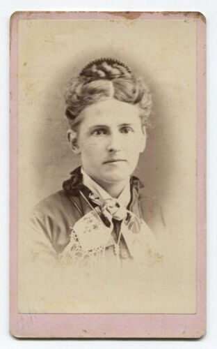 ANTIQUE CDV PORTRAIT OF WOMAN WITH LIGHT HAIR. HALLOWELL, MAINE.