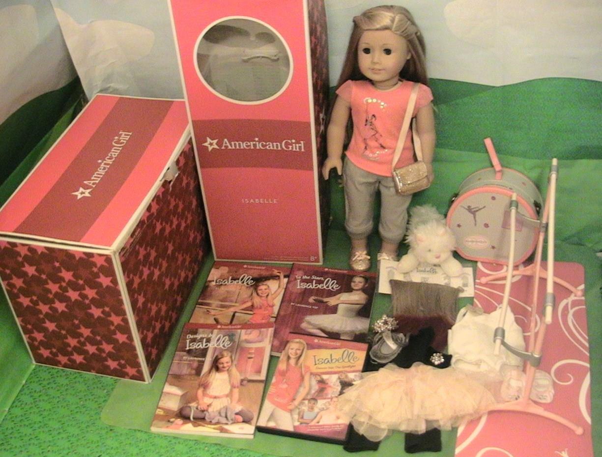 American Girl Doll Isabelle con atuendos, caso de la Danza, Ballet Bar Gatito Y Más