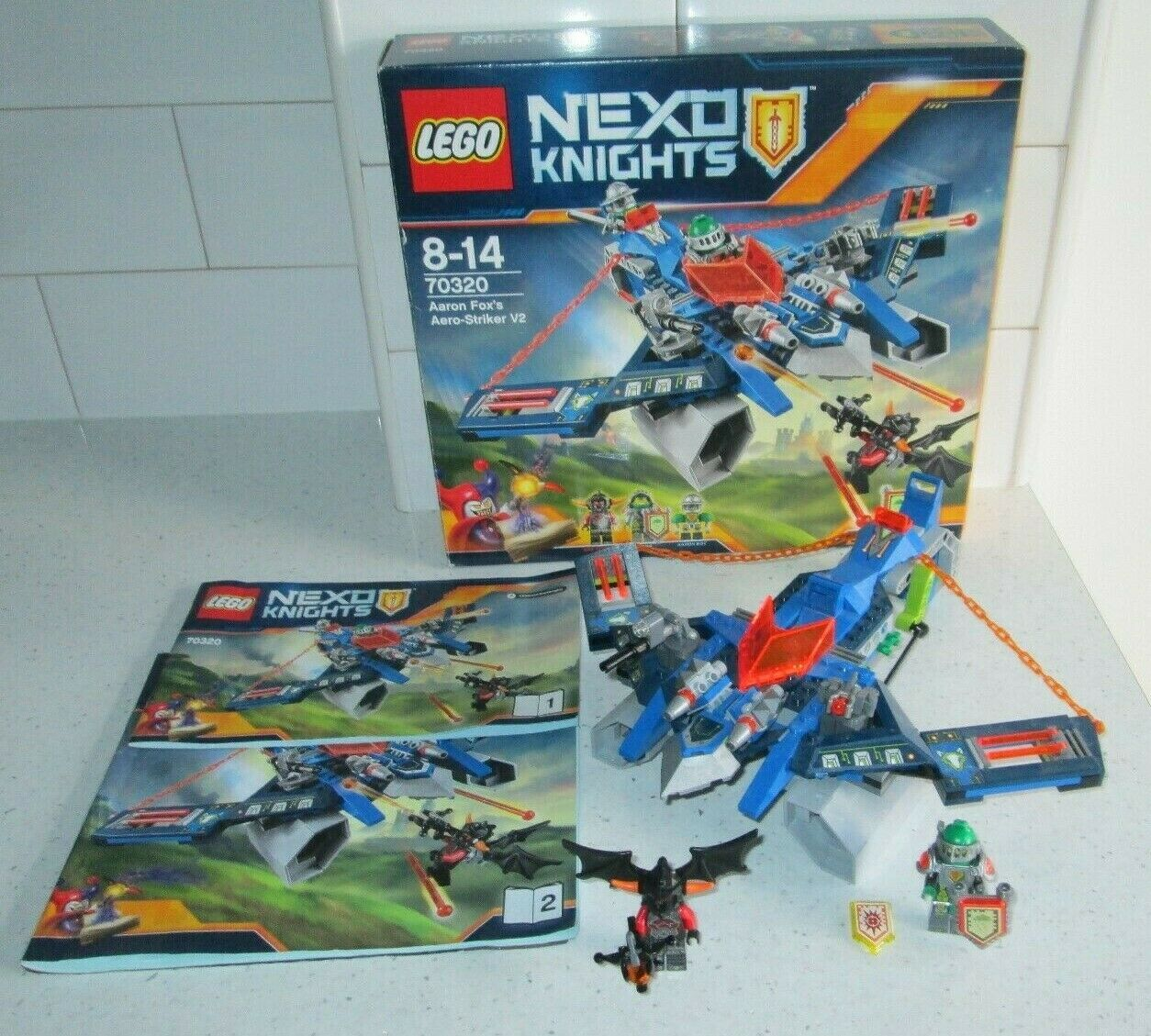 LEGO NEXO KNIGHTS SET 70320 AARON FOX'S AERO-STRIKER V2