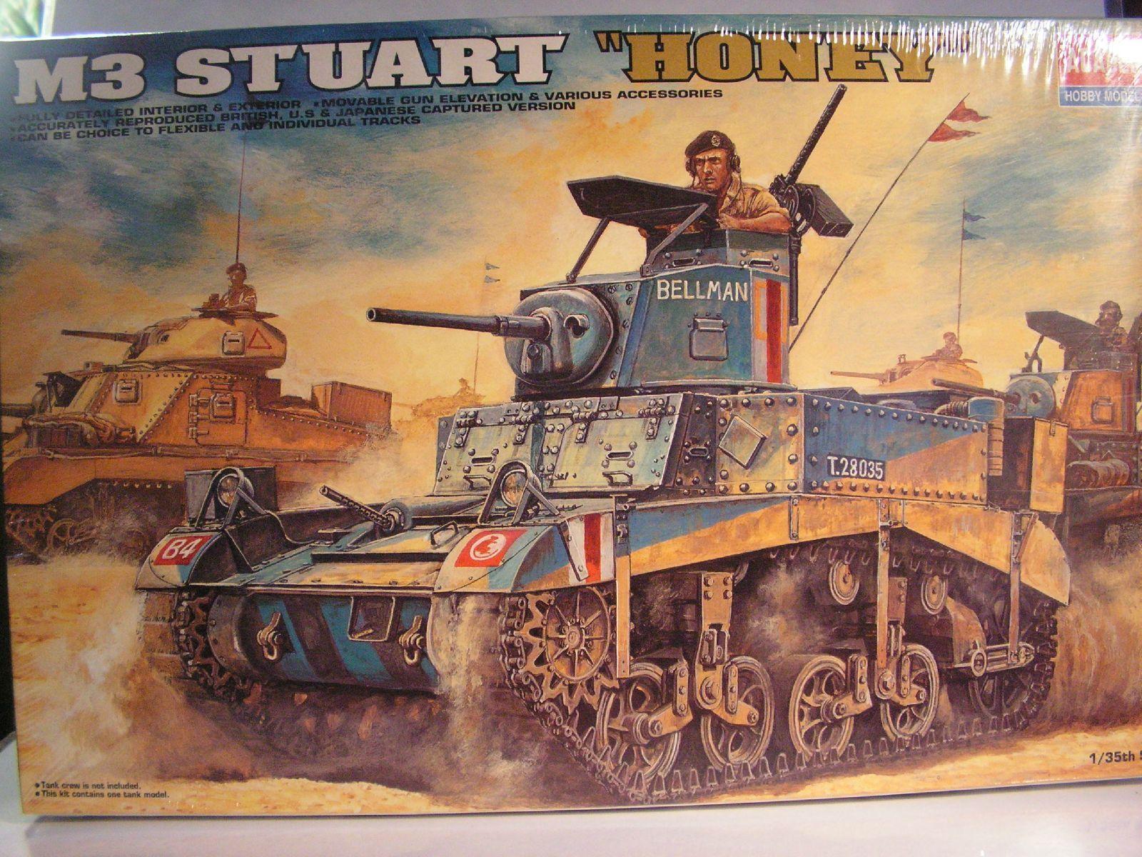 1 35 M3 STUART HONEY academy model kits maquette WWII