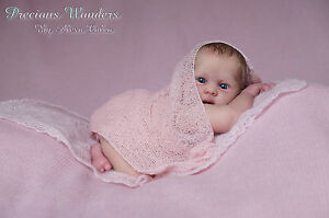 Precious-Wonders-Newborn-Baby-girl-PROTOTYPE-Vicky-by-Menna-Hartog-IIORA-member