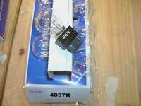 4057k--clear --bulbs--1--box = 10 Bulbs