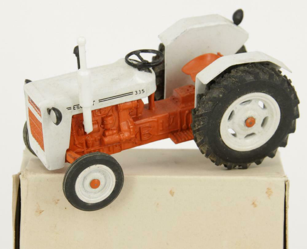 Milton maxwell india 213 agricultural tractor escort 335 + box-no britains ertl