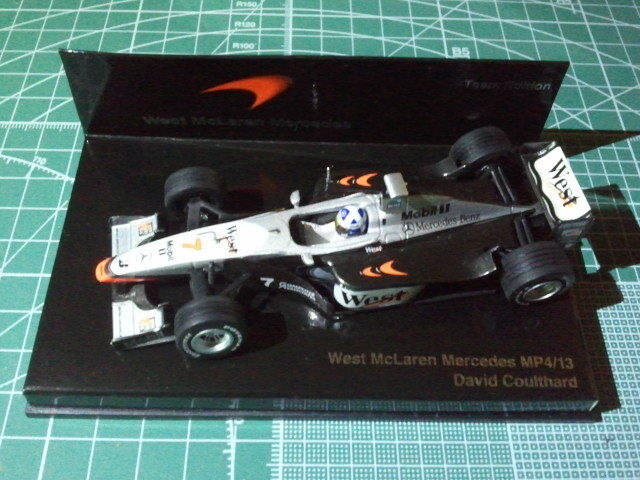 David COULTHARD - MINICHAMPS - Team Edition - WEST McLAREN MERCEDES MP4 13