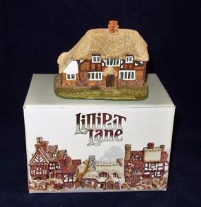 Lilliput-Lane-HONEYSUCKLE-COTTAGE-1984-w-Box-Deed-amp-Signed