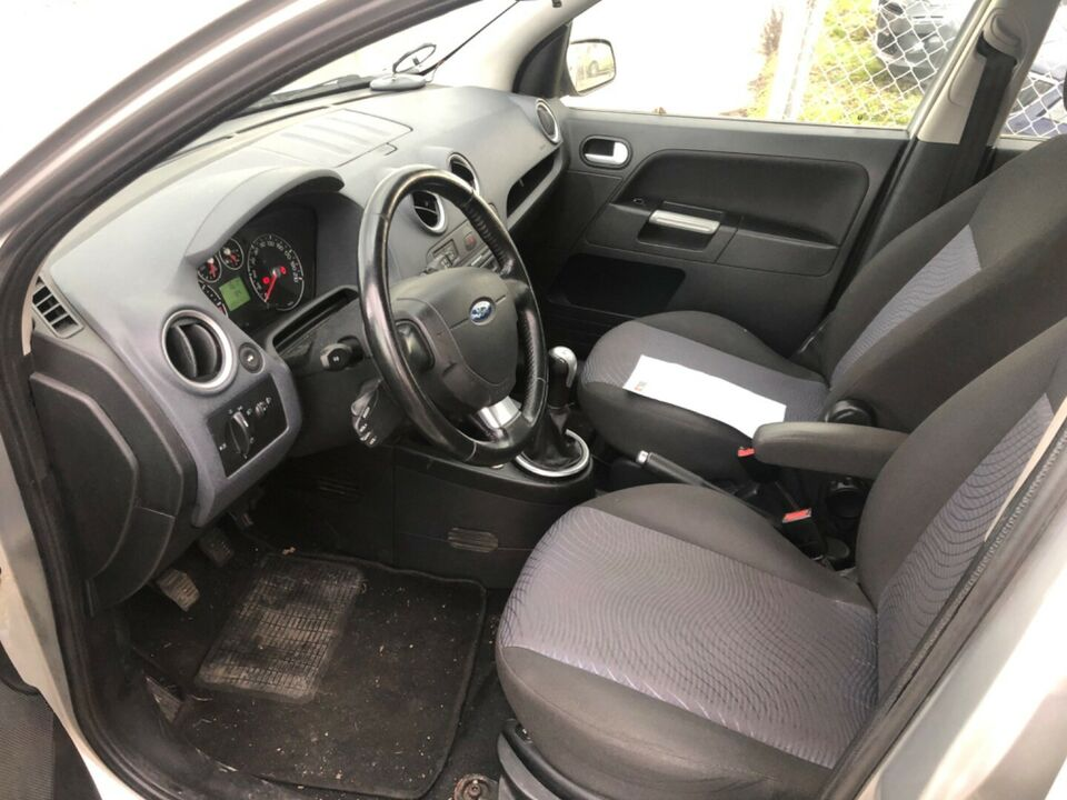 Ford Fusion 1,6 TDCi Ambiente Diesel modelår 2007 km 206000