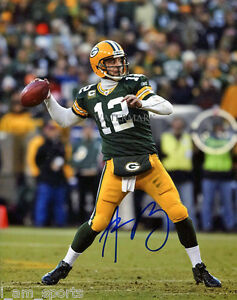 AARON RODGERS SIGNED GREEN BAY PACKERS 8x10 REPRINT PHOTO RP