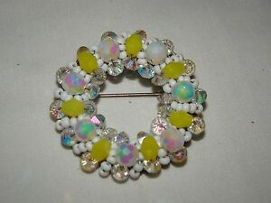 Vintage Christmas Wreath Pin Brooch with Aurora Borealis and Beads