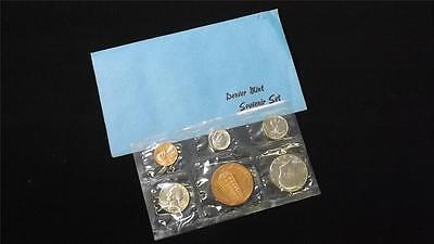 1982 D US Mint Denver Souvenir Coin Set Uncirculated
