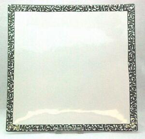 Gmundner-Keramik-Selektion-Smaragdgruen-Fleischteller-eckig-Glasurfehler