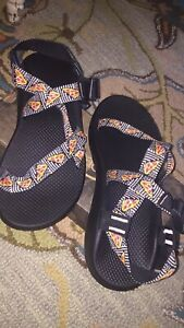 Mens Chaco sandals size 12 Pizza