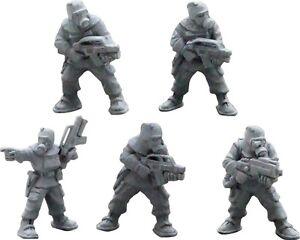 NBC-suited-marines-28mm-metal-Unpainted-Wargames