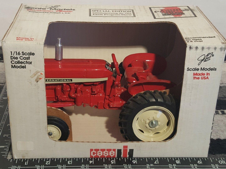 International 606 1 16 diecast Landwirtschaft tractor replica by Scale Modells
