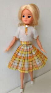 Sindy-Lovely-Lively-033055X-Wimpern-OO-Pedigree-Vintage-70er-RAR