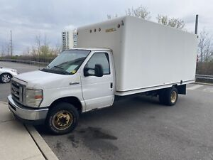 2008 Ford F 450 cube van dually