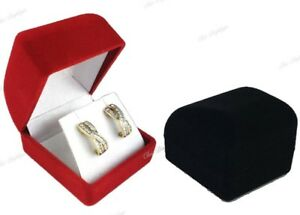 LOT-OF-48-EARRING-BOXES-EARRING-DISPLAYS-JEWELRY-BOX-WHOLESALE-VELOUR-BOX-lt-HOT-gt