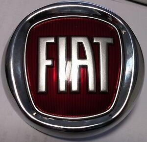 fiat punto evo 09 front bonnet grille emblem logo badge genuine 735578440 ebay. Black Bedroom Furniture Sets. Home Design Ideas