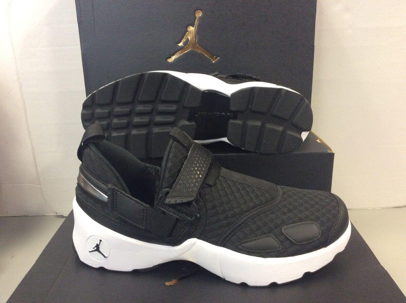 Nike JORDAN TRUNNER LX Negro blancoo De Hombre Zapatillas, Talla UK 10 45 euros