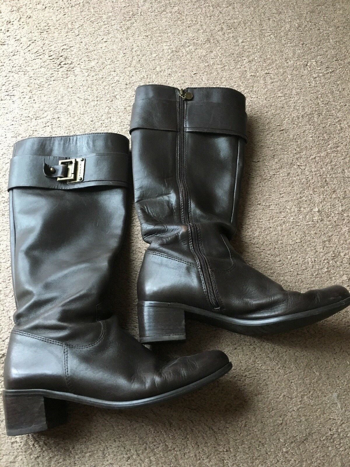 "Tahari ""Kerry"" Brown Leather Boots Sz 9 M Tall 2""heel"