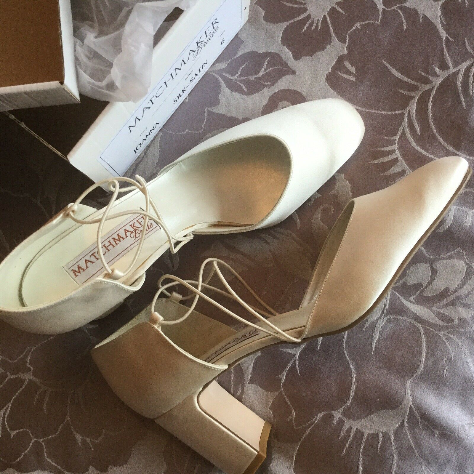 Ivory Silk Wedding/Special Occasion Shoes - NEW Boxed!! Size 3.