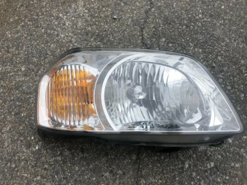 Mazda Tribute RH Headlight 2000-2006.