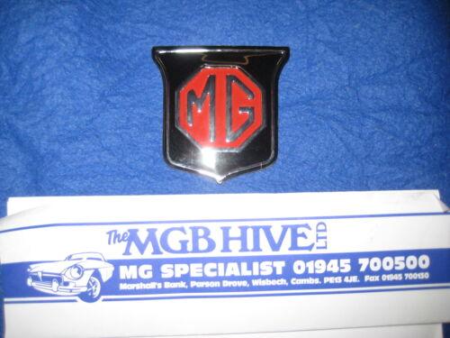 Mg MGB Roadster Nuevo o GT Rojo//Negro Parrilla Insignia 62-70 ARA2148 EB51