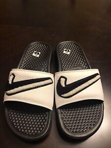 New-Nike-Benassi-JDI-Chenille-White-Slides-Size-US-8