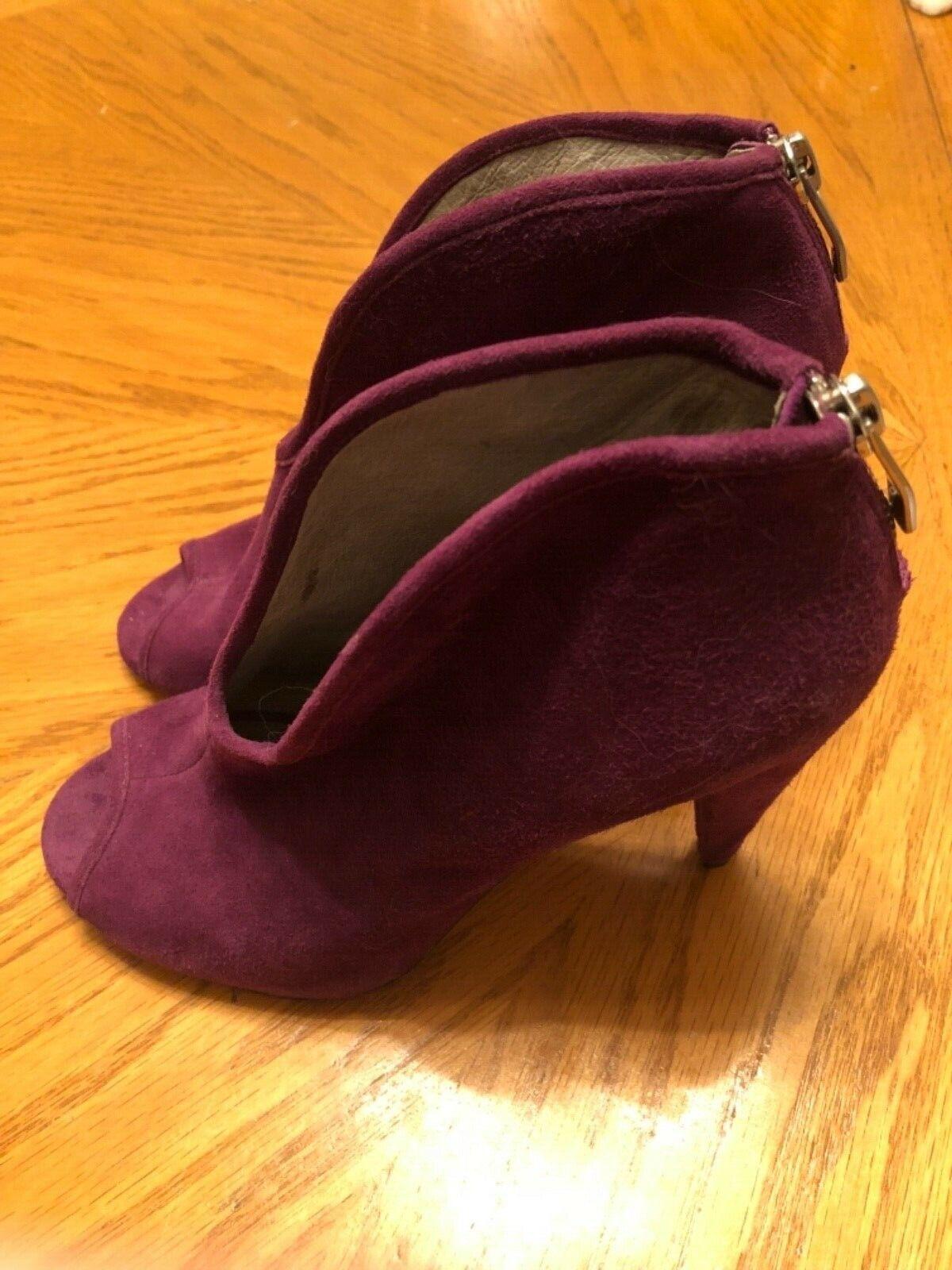 Vince Camuto Purple Suede Heels Size 5.5-6B