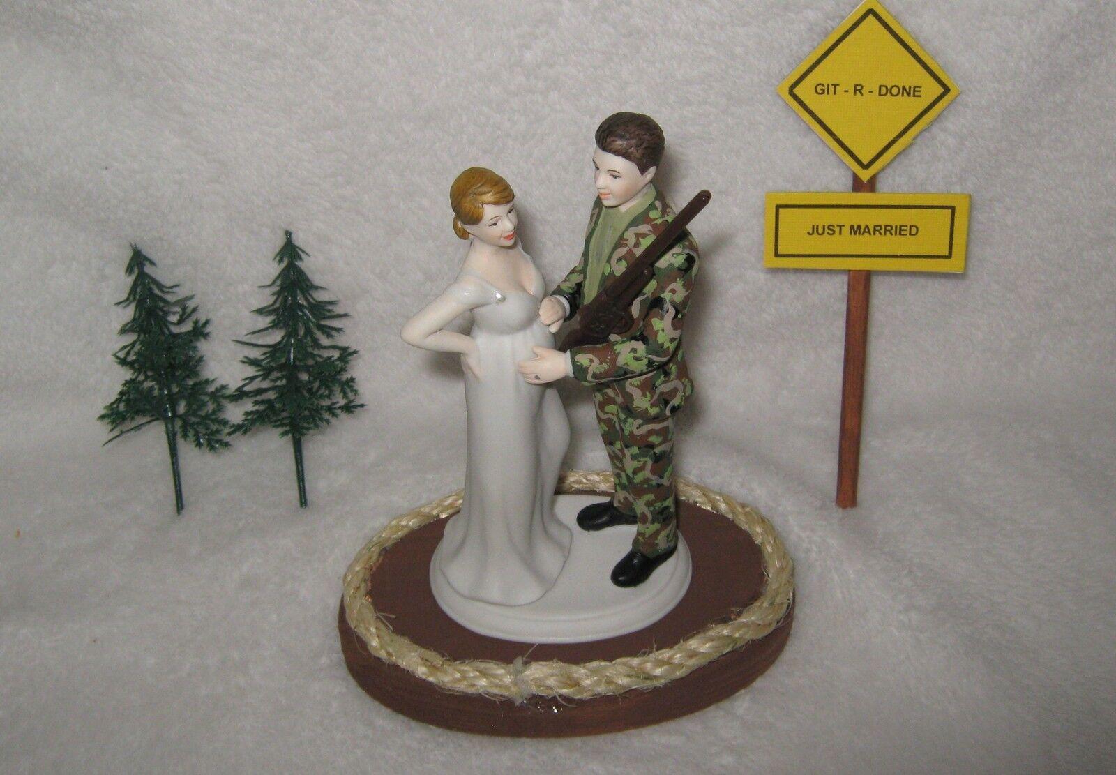 Shotgun wedding Camo Groom  enceinte Mariée  baby cake topper Git R fait signe