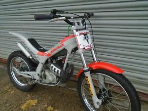Beta-50-Minitrial-kids-trials-bike