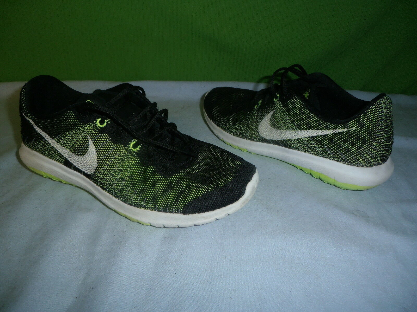 Nike Fury running shoes size 6Y truly great shape Brand discount