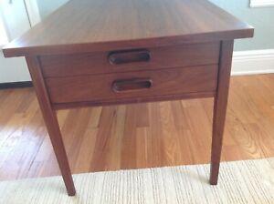 Details About Jens Risom Mid Century Danish Modern Walnut Side Table W 2 Drawers