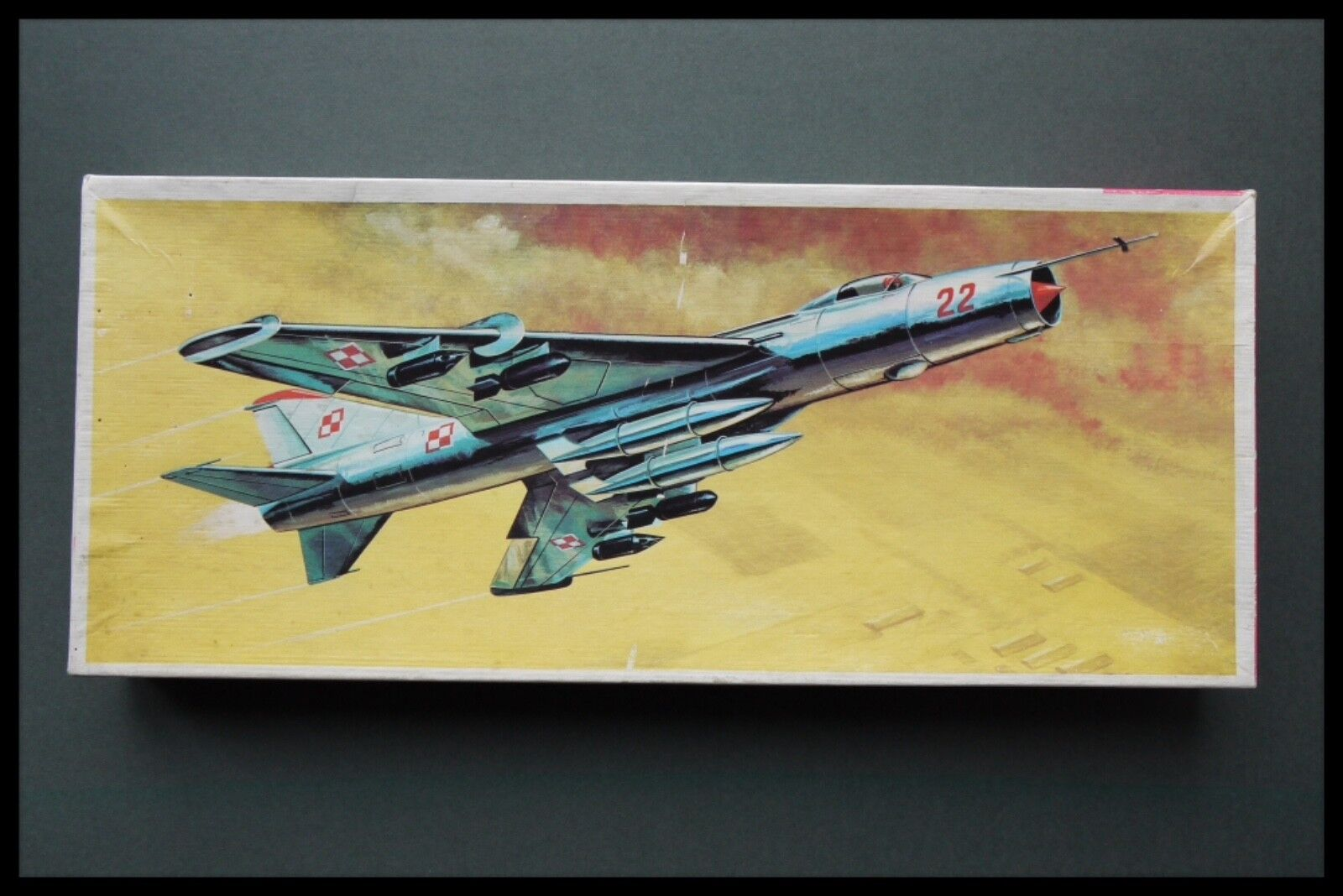 VEB PLASTICART SU-7 1 72 Scale Model Kit Box Made In GDR